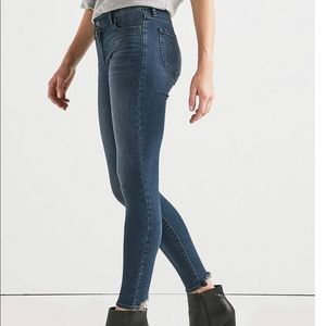 LUCKY BRAND AVA SUPER SKINNY JEANS 7WD10813 10/30